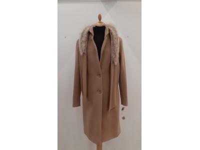 kabát s kožešinovou šálou 1925